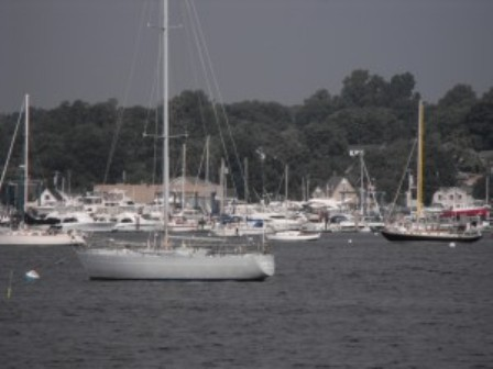 Among Staten Island's launch sites for canoes, kayaks and rowboats, Great Kills Park is not only easily accessible, but also close to a the Mansion Grand, featuring Alissia's Cafe and the Windjammer Lounge. Photo: Relevant Public Relations LLC